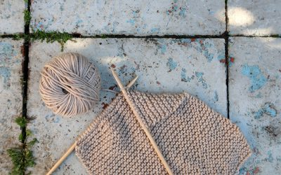 Weekly Offline Moment: The Benefits of Knitting