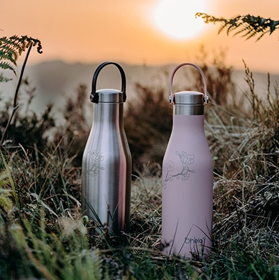 how to have a waste free picnic Reusable Water Bottle Ohelo