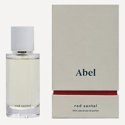 Red Santa Abel How To Choose A Memorable Wedding Perfume