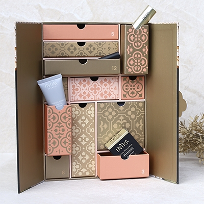 The Vendeur Sustainable Christmas Gift Guide Conscious Beauty Lover Inika Beauty Advent Calendar