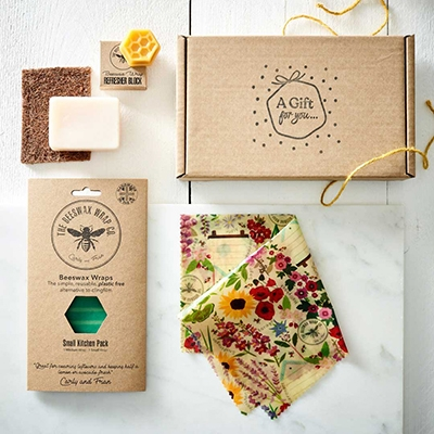 The Vendeur Sustainable Christmas Gift Guide For The Host Beeswax Food Wrap Bundle