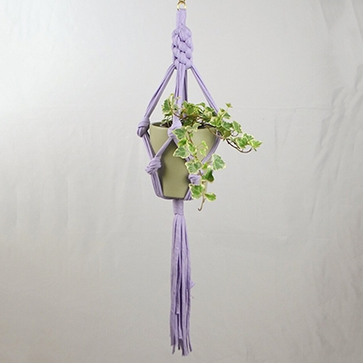 The Vendeur Sustainable Christmas Gift Guide Gifts For £20 and Under Sarora Knots plant Hanger