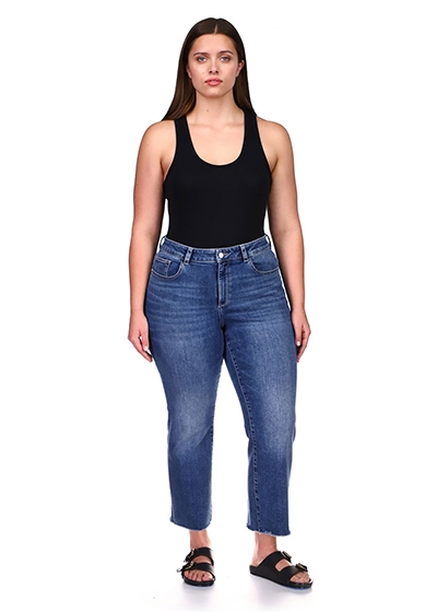 Size Inclusive Brands With The Planet In Mind DL1961 Size Inclusive Jeans