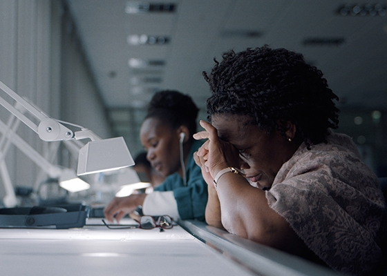 Laboratory Grown vs Natural Diamonds - Which Is More Ethical - Eco Age Fashionscapes Botswana Diamonds