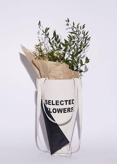 Alternatives To Plastic Bags MONO n.a.v.y flower tote bag